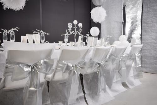 Dekoration Silvester in Silber Beispiel